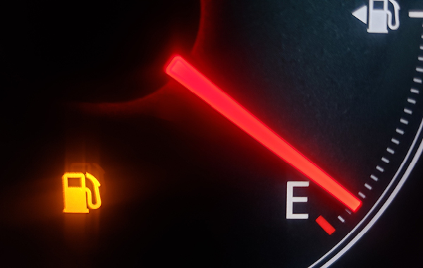 Empty vehicle gasoline meter
